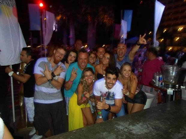 Gustavo Lima em Ibiza (Foto: Divulgação)