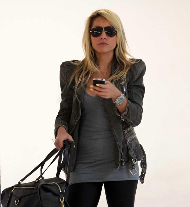 Sabrina Sato no aeroporto de Congonhas, São Paulo (Foto: Orlando Oliveira/AgNews)