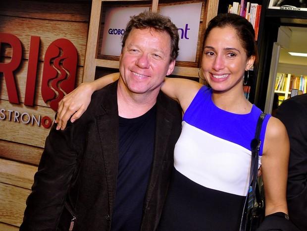 Camila Pitanga e Claude Troigois (Foto: Roberto Teixeira / EGO)