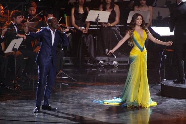 Paula Fernandes e Thiaguinho (Foto: Philippe Lima/ Agnews)