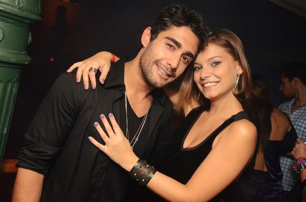 Milena Toscano e o namorado Mário Bulhões em festa no Rio (Foto: Ari ...