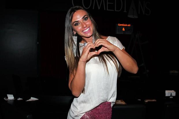 Nicole Bahls em teatro em São Paulo (Foto: Manuela Scarpa/ Foto Rio News)