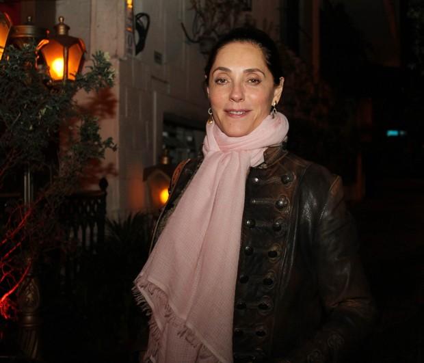 Christiane Torloni em restaurante em São Paulo (Foto: Thiago Duran/ Ag. News)
