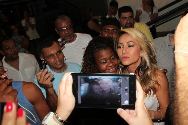 Sabrina Sato na quadra da Vila Isabel (Foto: Adna Barbosa/ Foto Rio News)