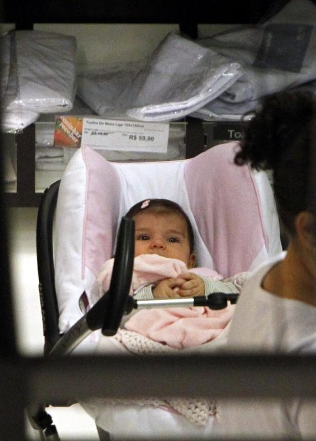 Sofia, filha de Grazi Massafera e Cauã Reymond (Foto: Delson Silva/ Ag. News)