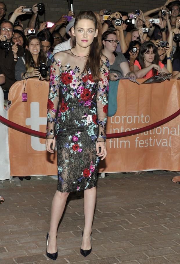 Kristen Stewart em première de 'On The Road' na 37ª edição do Festival de Cinema de Toronto, no Canadá (Foto: Reuters/ Agência)