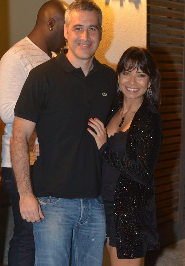Ana Lima com o namorado Tico Cardoso em festa da cantora Ana Carolina no Rio (Foto: André Muzell/ Ag. News)