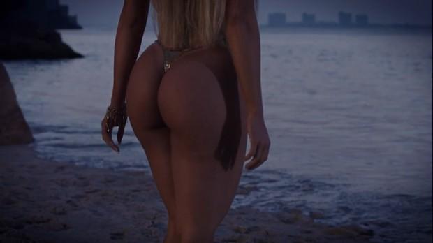 Aryane Steinkopf no clipe do cantor Adi Cudz (Foto: Divulgação)