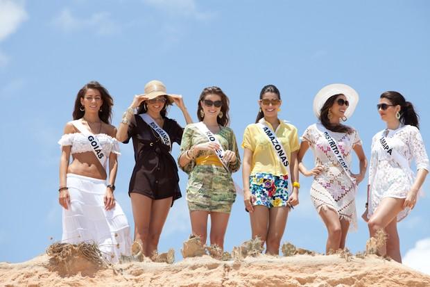 Misses visitam praias e novo aeroporto em Fortaleza (Foto: Carol Gherardi/Band)