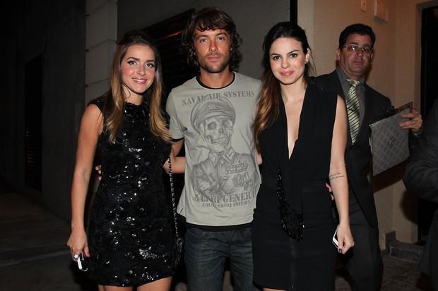 Monique Alfradique com Kayky Brito e Sthefany Brito em festa do 'Dança dos Famosos' em São Paulo (Foto: Manuela Scarpa/ Foto Rio News)