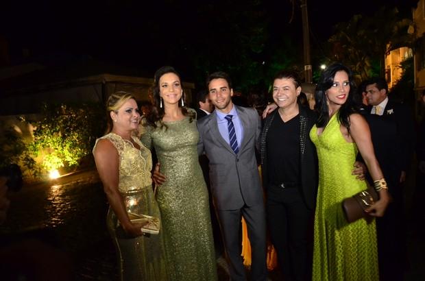 Ivete Sangalo, Daniel Cady, David Brazil e Kelly no casamento de Solange e Wagner (Foto: Saulo Brandão / EGO)
