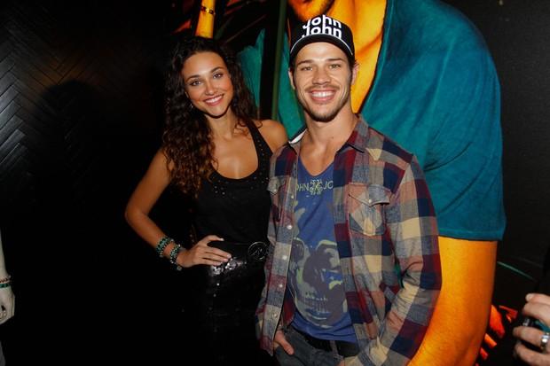 Débora Nascimento e José Loreto em evento em São Paulo (Foto: Thais Aline e Danilo Carvalho / AgNews)
