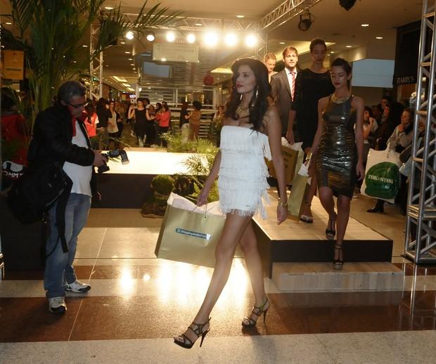 Desfile de apresentação da coleção Primavera/Verão do Shopping Anália Franco em SP (Foto: Francisco Cepeda / AgNews)
