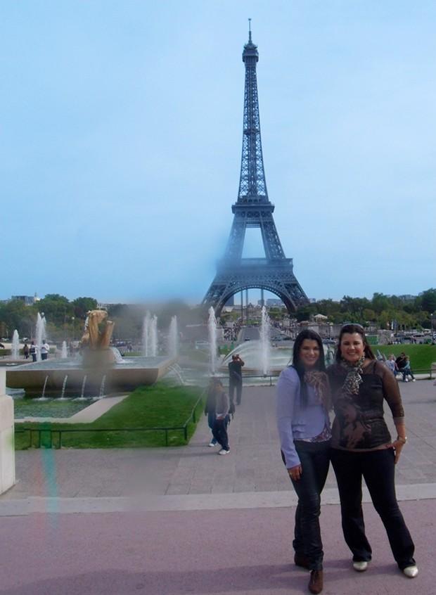 Juliana Almeida em Paris (Foto: Divulgação)