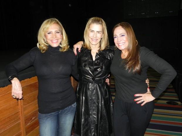 Arlete Salles, Maitê Proença e Susana Vieira após peça no Rio (Foto: Fausto Candelária/ Ag. News)