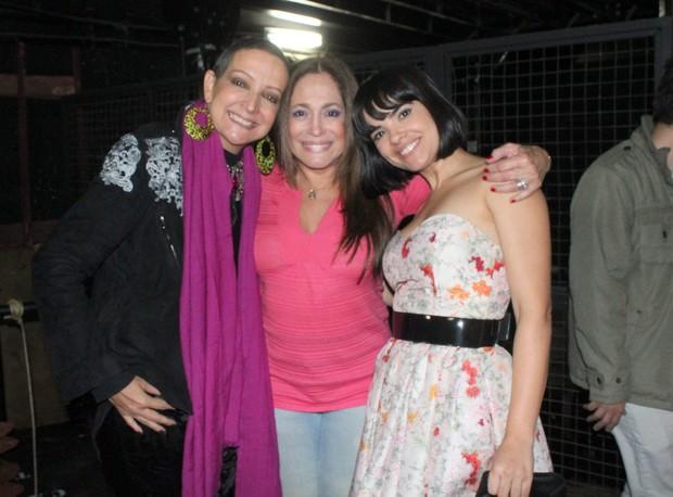 Betty Lago, Susana Vieira e Vanessa Giácomo após peça no Rio (Foto: Fausto Candelária/ Ag. News)