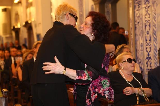 Missa Hebe - Xuxa e Lolita (Foto: Iwi Onodera/EGO)