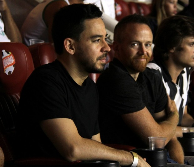 Dave Farrel e MikeShinoda, do Linkin Park (Foto: Thiago Mattos/AG News)
