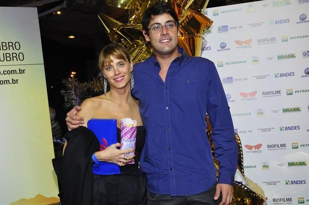 Carolina Dieckmann e Bruno De Luca no Festival do Rio (Foto: Roberto Teixeira/ EGO)