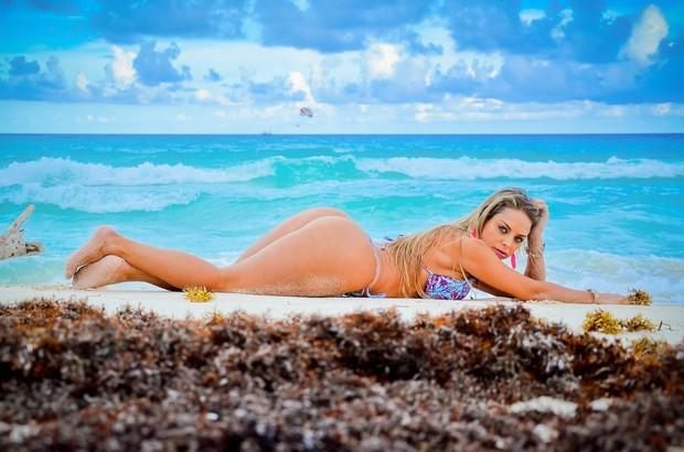 Jéssica Lopes, a peladona de Congonhas, em Cancún (Foto: Miss Bumbum Brasil 2012 / Divulgação)