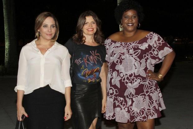 Elenco de Avenida Brasil comemora fim da novela (Foto: Isac Luz/EGO)
