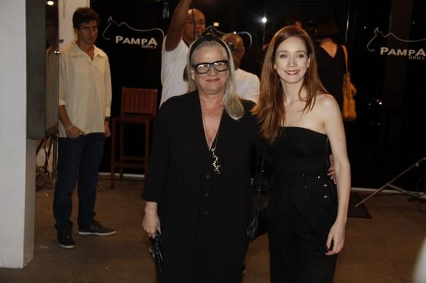 Vera Holtz e Camila Morgado (Foto: Isac Luz/ EGO)