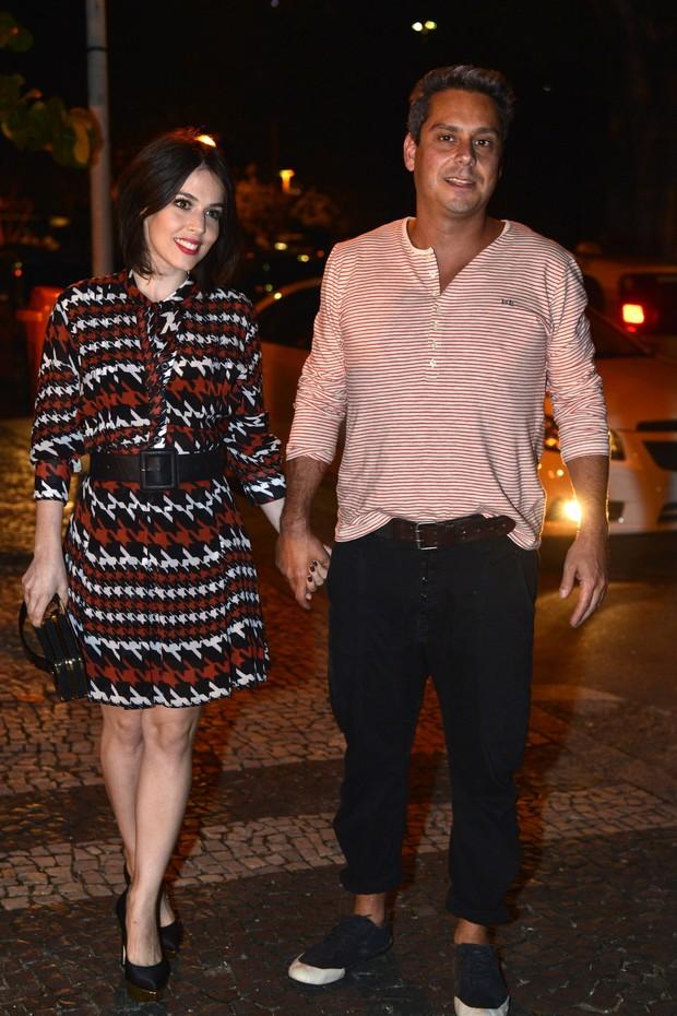 Alexandre Nero e a namorada (Foto: Alex Palarea _Andre Muzell_Felipe Assumpção/ Ag. News)