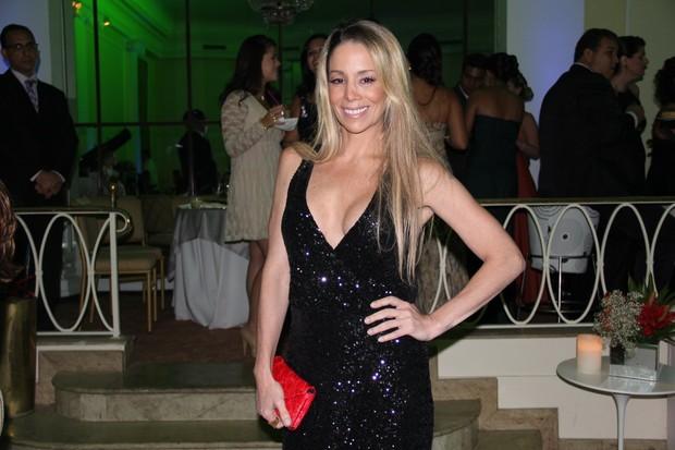Danielle Winits em festa no Rio (Foto: Cleomir Tavares/ Divulgação)