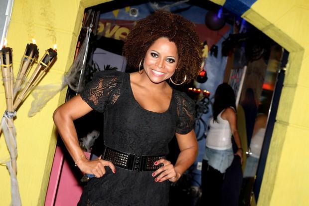 Adriana Bombom em festa no Rio (Foto: Marcello Sá Barretto/ Foto Rio News)