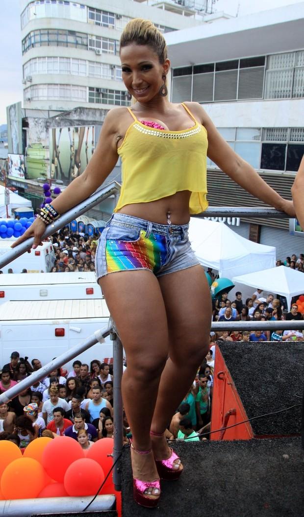 Valesca Popozuda na Parada gay de Madureira, no Rio (Foto: Roberto Cristino/PhotoRio News)