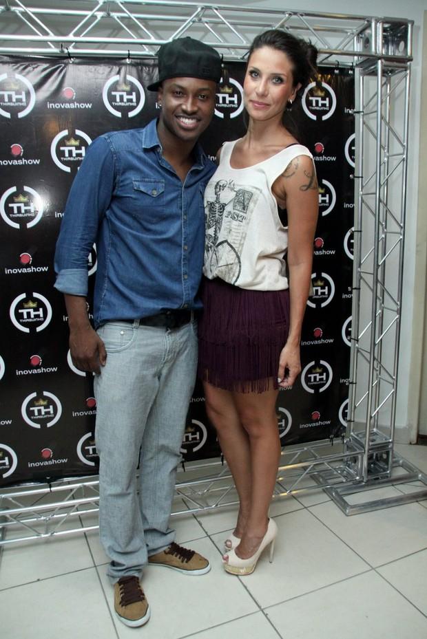 Thiaguinho e Lizi Benites (Foto: Graça Paes/Foto Rio News)