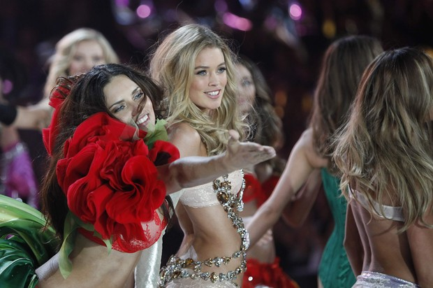 Victoria's Secret Fashion Show  (Foto: Carlo Allegri/ Reuters/ Agência)