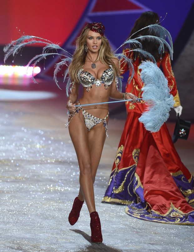 Candice Swanepoel Victoria's Secret Fashion Show (Foto: AFP/ Agência)