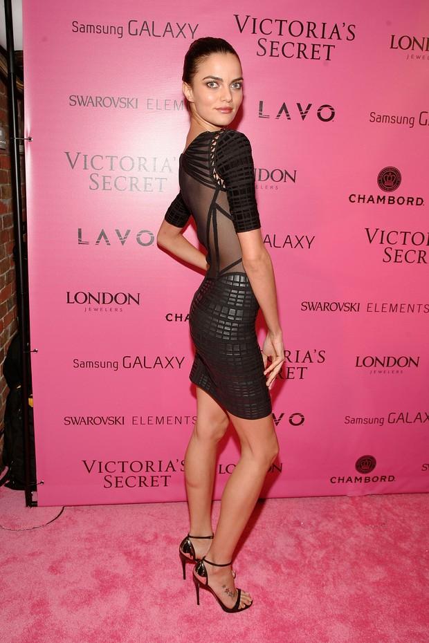 Barbara Fialho em festa pós-desfile da Victoria's Secret em Nova York, nos EUA (Foto: Dimitrios Kambouris/ Getty Images/ Agência)