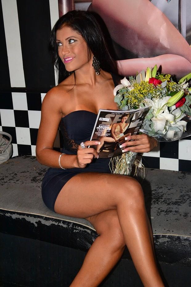 Bailarina do Faustão, Kamilla Covas lança 'Sexy' no Rio (Foto: Anderson Brandão/ Divulgação)
