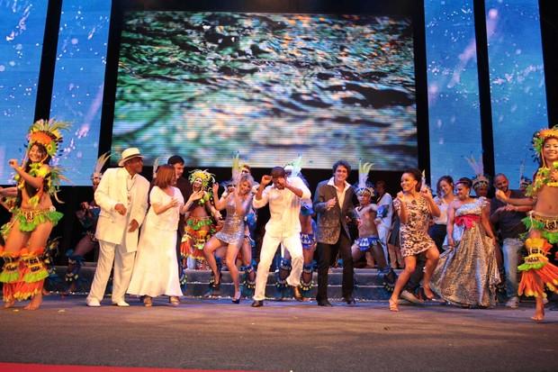 Famosos dançam no encerramento do Amazonas Film Festival (Foto: Orlando Oliveira / AgNews)