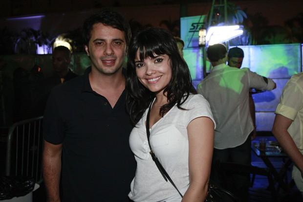 Vanessa Giacomo com o novo namorado Giuseppe Dioguardi (Foto: Waldemir Filetti/Divulgação)
