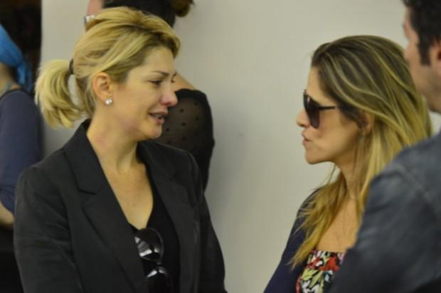 Ingrid Guimarães no velório de Marcos Paulo (Foto: Andre Muzell / AgNews)