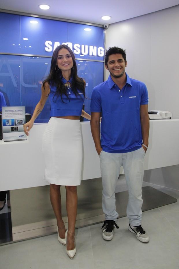 Thaila Ayala e Bruno Gissoni (Foto: Milene Cardoso / AgNews)