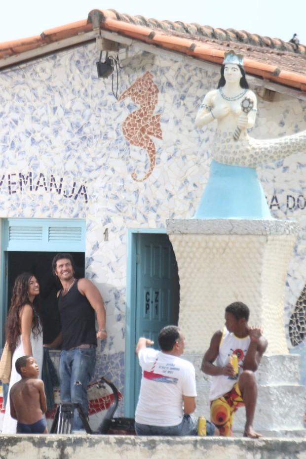 """Isis Valverde e Gabriel Braga Nunes gravam """"Canto da Sereia"""" (Foto: Rodrigo dos Anjos / AgNews)"""