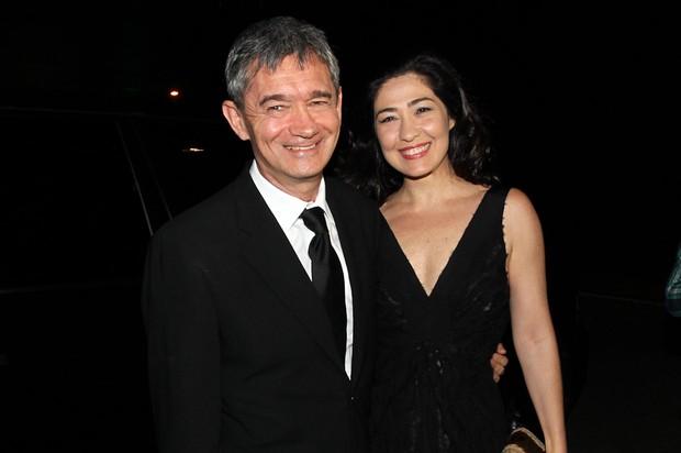 Serginho Groisman e a mulher no casamento de Tiago Leifert (Foto: Manuela Scarpa/ Foto Rio News)
