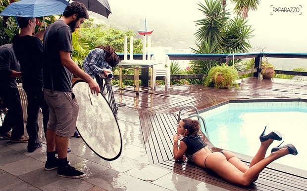 Making Of Carla Prata no Paparazzo (Foto: AC Junior/ Paparazzo)