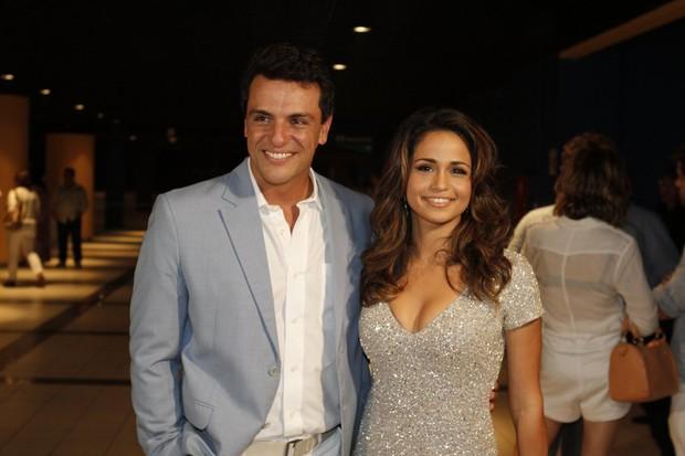 Rodrigo Lombardi e Nanda Costa na gravação do especial de Roberto Carlos (Foto: Isac Luz / EGO)