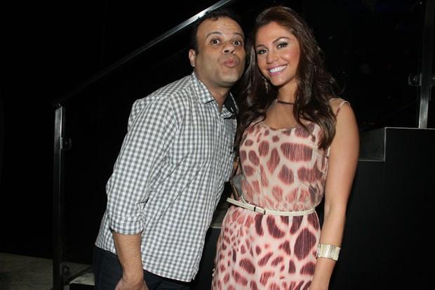 Ex-BBB Maria Melilo comemora aniversário com Daniel em bar em São Paulo (Foto: Amauri Nehn/ Ag. News)