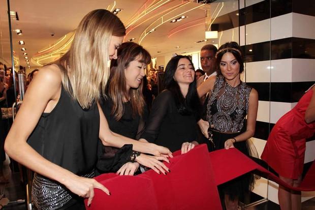 Inauguração Sephora com Thayla Ayala e Renata Kurten (Foto: Divulgação / GNT)