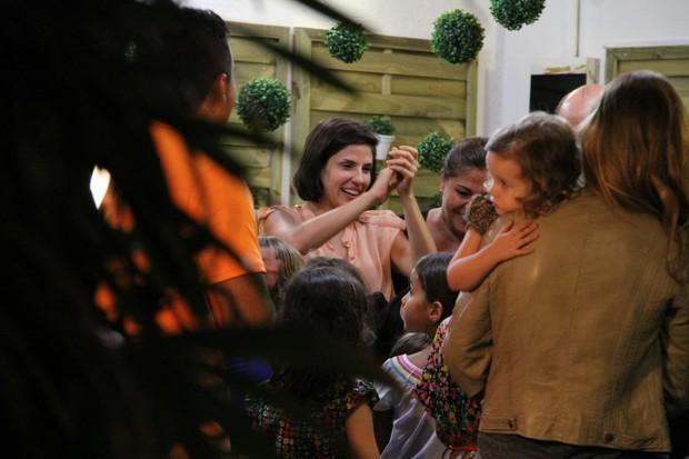 Rafaela Mandeli no aniversário da filha Catarina no Rio (Foto: Daniel Delmiro/ Ag. News)