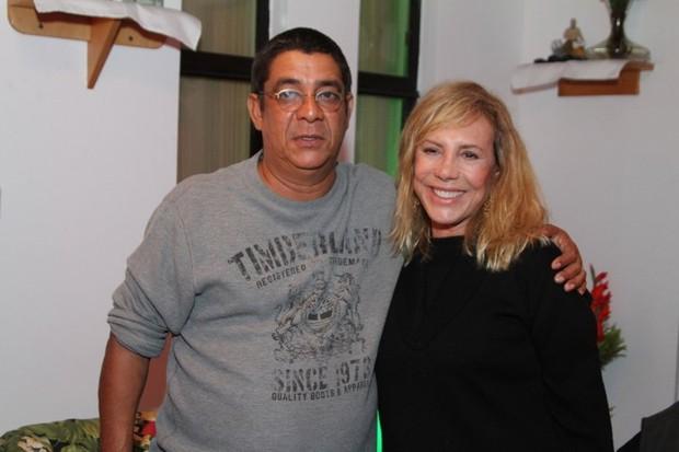 Zeca Pagodinho e Arlete Salles no aniversário de Alcione no Rio (Foto: Anderson Borde/ Ag. News)