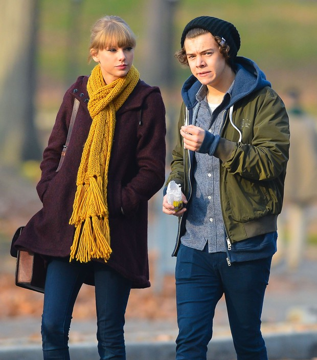 Taylor Swift e Harry Styles passeiam em  Nova York (Foto: Grosby Group)