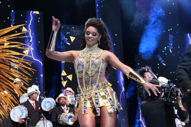 Juliana Alves na gravação da vinheta de carnaval Globeleza (Foto: Isac Luz / EGO)