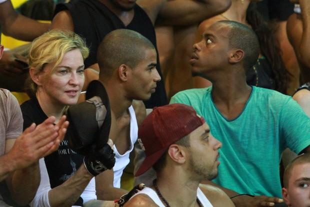 Madonna em Vigario Geral (Foto: Clayton Militão/Fotorio News)